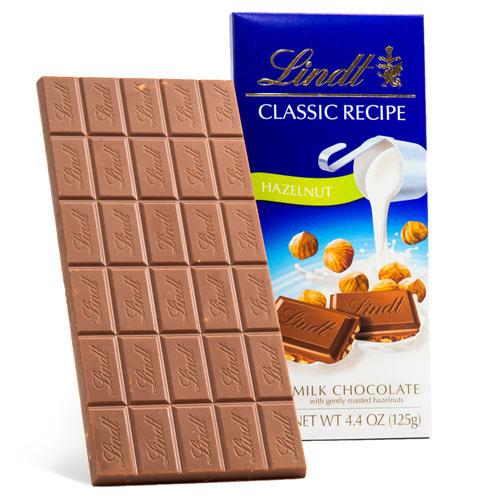 LINDT CLASSIC RECIPE MILK CHOCOLATE HAZELNUT 4.4oz